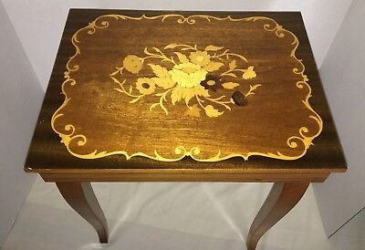 Vintage Jewelry Music Box Inlaid wood Table Trinket