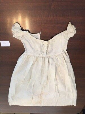 LOVELY ANTIQUE VICTORIAN EMBROIDERED CHRISTENING GOWN Great for old dolls