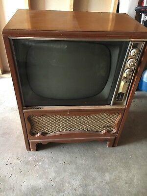 "Vintage motorola Television TV Floor Type Unit. Untested. About A 20"" Screen"