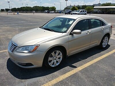2013 Chrysler 200 Series  Chrysler 200 Series 2013 Model New Shape Clean Drives Perfect Shipping