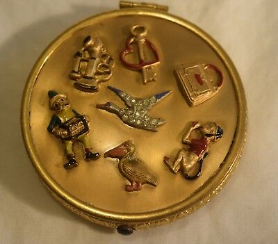 JG-016 Lucky Charm Unmarked Powder Compact Makeup Vintage 1930's with Rouge