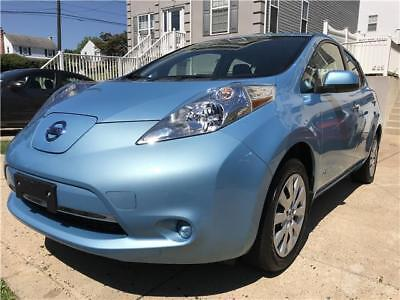 2015 Nissan Leaf w/Cold Weather Pkg Quick Charge Sys 2015 Nissan LEAF S w/Cold Weather Pkg Quick Charge Bluetooth Warranty OneOwner