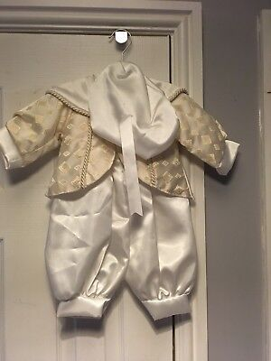 BABY BOYS STUNNING THREE PIECE IVORY/GOLD CHRISTENING OUTFIT UNWORN AGE 0/6 mths