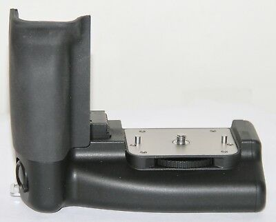 Contax 645 MP-1 Vertical Grip & Battery Holder GREAT Condition Cat No. 985030