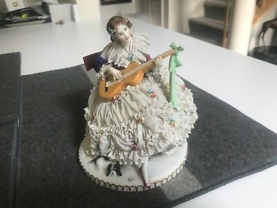 SUPER LARGE ANTIQUE DRESDEN LACE SITTING LADY PLAYING LUTE GUITAR Figurine EXLNT