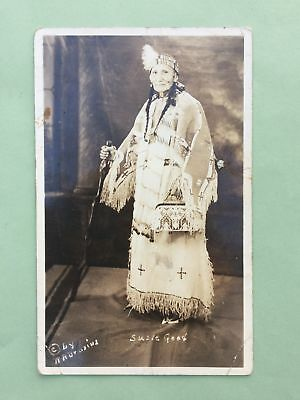 c1910's PHOTO POSTCARD NATIVE AMERICAN SIOUX INDIAN WOMAN IN CEREMONIAL APPAREL
