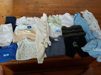Mixed boys bundle sizes 0000-000 approx 19 items
