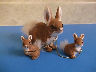 Vtg.easter, Bunny Rabbit And Babies On Chains Figurines~Bushy Tails~Ceramic~