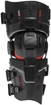 EVS RS9 Pro Individual Knee Brace Black SM, Right