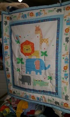 Cot Quilt with baby wild animal print - new