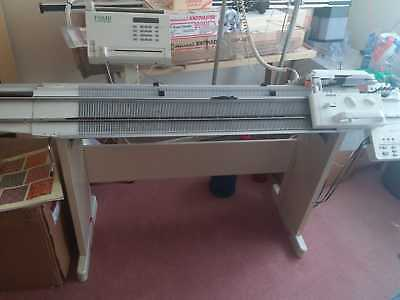 Passap Knitting machine E6000 with Electra 4600 motor & C600 Color changer