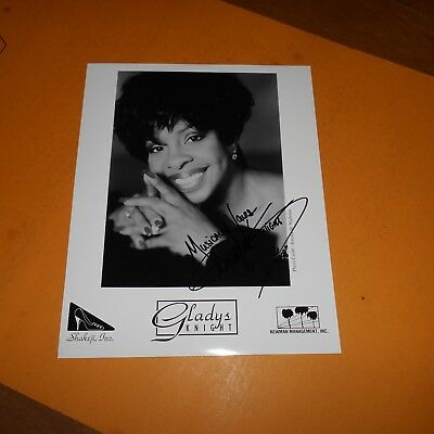 """Gladys Knight, known as the """"Empress of Soul"""" Hand Signed Photo"""