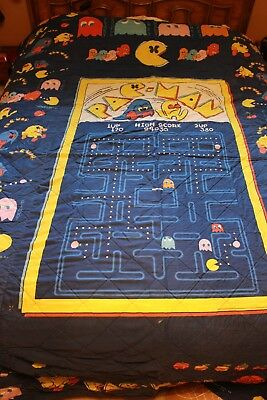 Vintage Pac-Man Twin Size bedspread, pillowcase, curtains