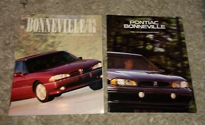 Great Condition Vintage Lot of Two Pontiac Bonneville Brochures