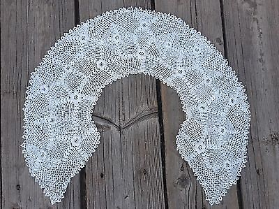 Ivory Coloured Handmade antique lace collar, finely & beautifully Stitched VGC
