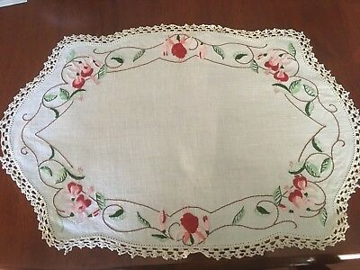 Pretty vintage linen embroidered Fuchsias Centrepiece Doily Craft Or Use