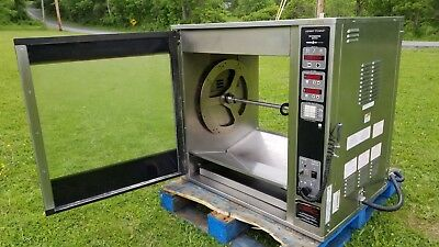 Electric Henny Penny Rotisserie Oven SCR-8 with Spits (32 Bird) USED