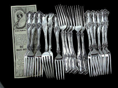 """VINTAGE GRAPE 1847 ROGERS BROS c1904 DINNER FORK 7 ½"""" -SOLD BY PIECE 🍇"""