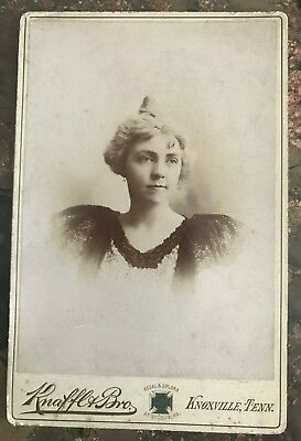 Antique Cabinet Card Photograph Young Woman, Knaffl & Bro, Knoxville, Tenn, 1890