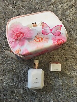 Ted Baker Gift Set Wash Bag Lip Balm