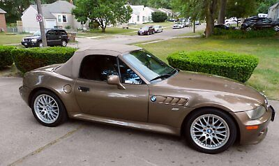 2000 BMW Z3  2000 BMW Z3 convertible, lots of new and runs great