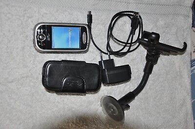 MIO A701 DigiWalker, Working in Used Condition with Case, Charger and Car Mount