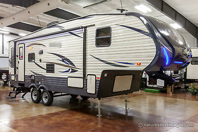 New 2018 253FBS Slide Out Lightweight Rear Living Room 5th Fifth Wheel for Sale