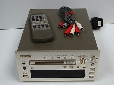 TEAC MD-H300 Reference 300 Series MiniDisc Recorder & Player + Remote & Cables