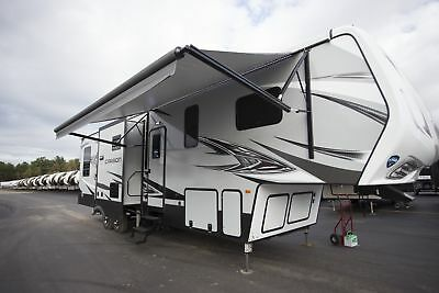 Carbon 347 5th Wheel Toy Hauler Camper RV Last One Clearance Price Must Go