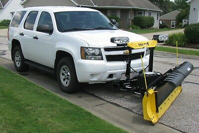 2012 Chevrolet Tahoe SSV 2012 Chevrolet Tahoe 4x4 with newer Sno-Way power angle plow