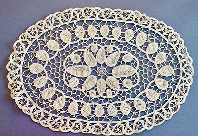 Italian Reticella Lace piece- Dollie - oval 15x10- Excellent- Museum Quality
