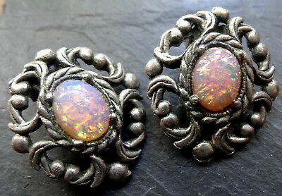 vintage foiled pink opal glass flower silver tone clip on earrings -A8