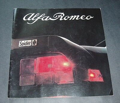 1985 Alfa Romeo Spider Advertising Booklet