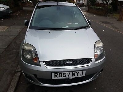 Ford Fiesta 1.2 Zetec Climate Silver Great First Car