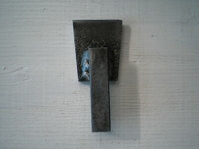 "anvil - hardy hot cut   tool  - 1/2 "" hardy hole shaft"