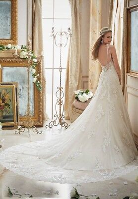 Genuine Unaltered Mori Lee 2883 12 14 lace Wedding Dress Straps Low Back