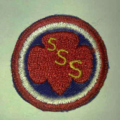 Girl scout badge Senior service WWII