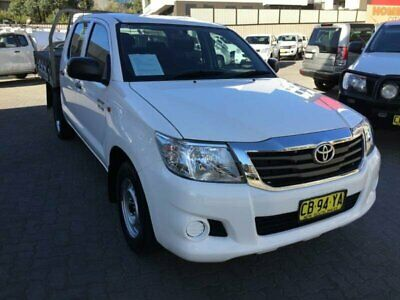 2014 Toyota Hilux GGN15R MY14 SR White 5 SP AUTOMATIC Dual Cab Pick-up