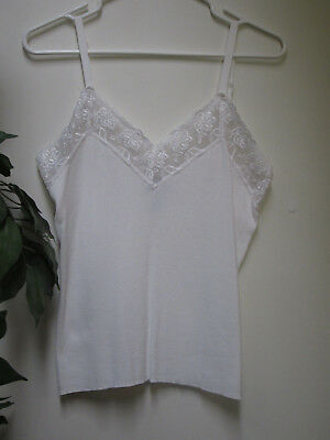 418 CHICO'S Size 1 (8/10) White Knit w Lace Neckline Adjustable Straps Camisole