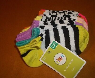 Girls age 9-11 shoe size 5 1/2- 8 1/2 NEW NWT socks 7 pair BACK TO SCHOOL