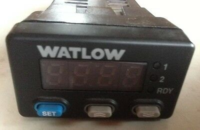 Watlow 935A-1CD0-000R Temperature Controller