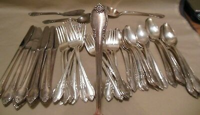 """49pc 1847 Rogers Bros IS Silverplate """"Remembrance"""" Flatware NR"""
