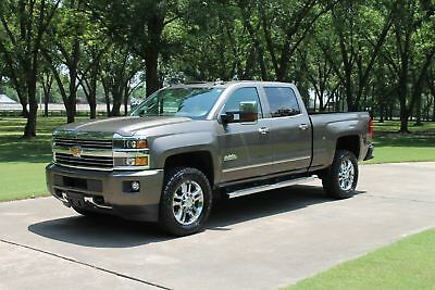 Chevrolet Silverado 2500HD Crew Cab 4WD Crew Cab 4WD High Country Duramax Diesel One Owner Perfect Carfax High Country Duramax Diesel Moonroof MSRP New $64900