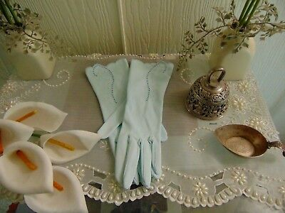 Vintage 1930s Scalloped Edge Powder Blue sz 7 1/2 Gloves Made in West Germany 30