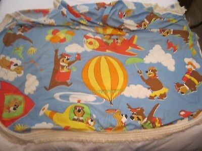 Vintage - Hanna Barbera - Yogi Bear & Boo Boo - Twin Size - Bed Spread