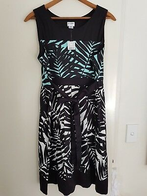 Maternity clothing bundle - pants, dresses, top. XL.