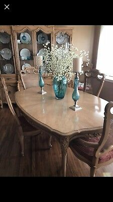 BEAUTIFUL Vintage French provincial dining room Set