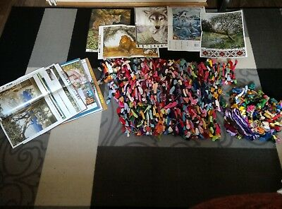 1.4 kg MIXED CROSS STITCH THREADS AND 24 PATTERNS