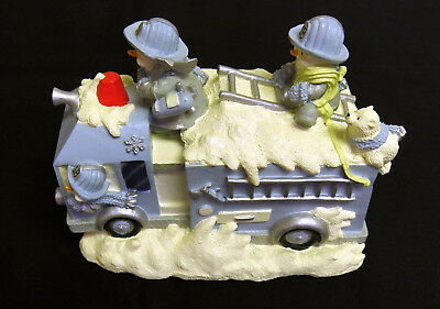 ENCORE GROUP SB MUSICAL CHRISTMAS FIRE TRUCK 2003 Rare in orig box