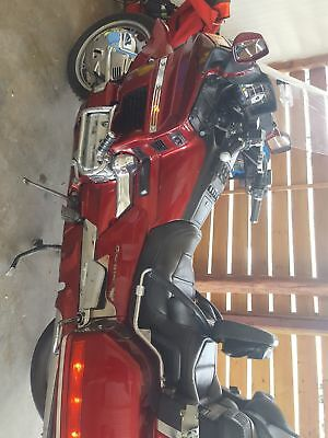 1998 Honda Gold Wing  Honda Goldwing Low Miles Looking to Sell Make me an offer